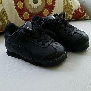 NWOT Puma shoes