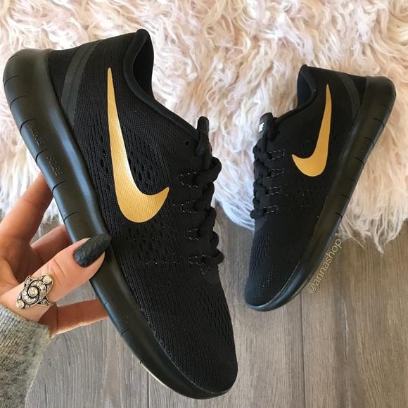 the best attitude 1b7c0 82f45 NWT Nike ID free rn black on black gold