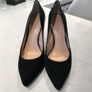 Banana Republic Two Tone Heels