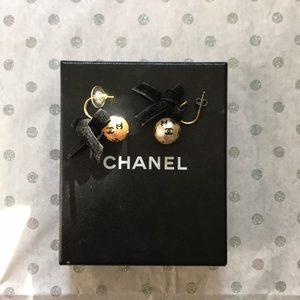 Chanel Pearl Earrings with Velvet Bows