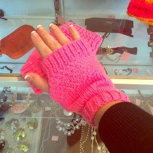 Neon Pink Fingerless Gloves✨