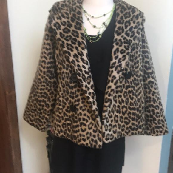 691b159908e8 CALLING VINTAGE LOVERS !! Leopard skin swing coat.  M_5a3000416802782e9f035747