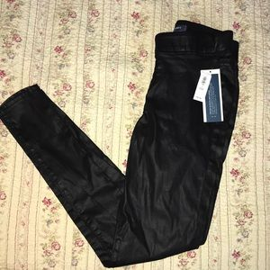 Brand new old navy leather like stretchy jeans