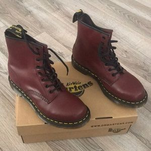 Dr. Martens NEVER USED.