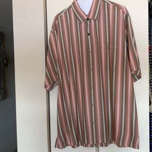 Tommy Bahamas men's short sleeve shirt