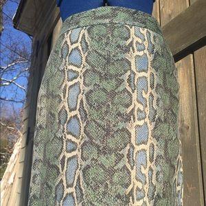"LOFT snake skin print pencil skirt 30"" waist"