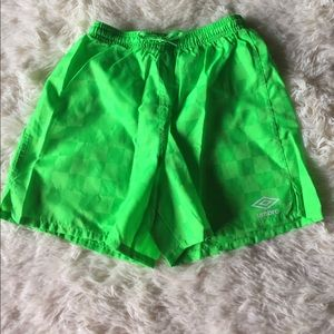 Girls Neon green size medium Umbro Shorts NEW