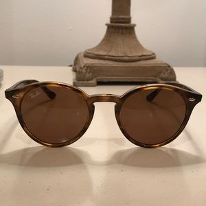 Ray Ban brown tortoise shell round sunglasses