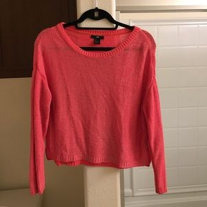 H&M sweater knit size small cropped high low pink