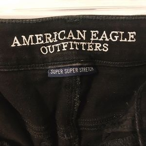 American Eagle Black ripped jeans !