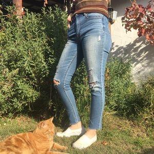 Cut-off Skinny Jeans