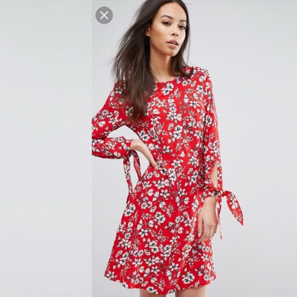 8e0895c9 ASOS Dresses & Skirts - Asos, New Look Tall, Floral Tie Sleeves Dress
