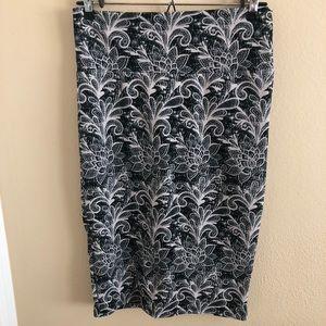 Black and Cream Cassie Skirt NWOT