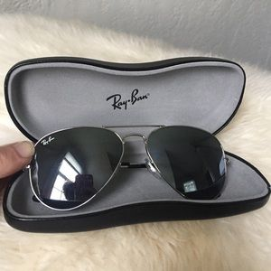 Ray Ban Large Aviators authentic silver RB 3025