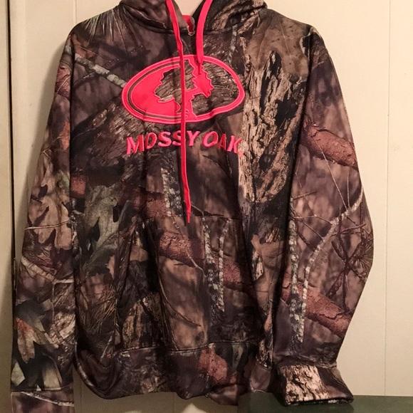 706e6d477fcb4 Mossy Oak Tops | Camo And Hot Pink Hoodie | Poshmark