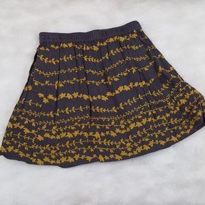 Cooperative skirt