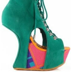 Dollhouse Influence Cutout Lace Up Graphic Heel