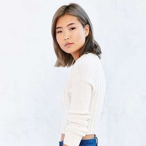 URBAN OUTFITTERS white cream ribbed crop sweater