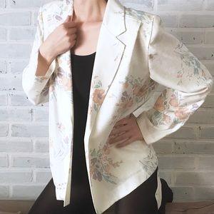 VTG Cream Floral Blazer NWT