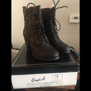 Half boot By QUPID Size 8 blk