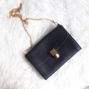 Handbags - TEMP DEAL‼️   new   black soul crossbody bag