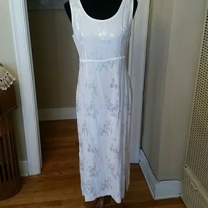 VTG All White Sexy/Wedding Karin Stevens Dress!♡