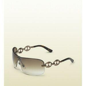 Gucci Shield Sunglasses With Marina Chain