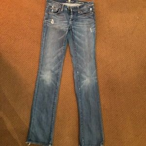7 FOR ALL MANKIND STRAIGHT LEG LIGHT WASH JEANS❤️