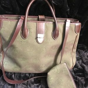 Dooney & Bourke Two Tone Tote with zipper pouch.