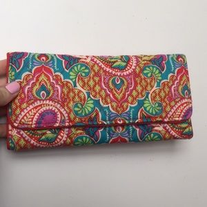 BRAND NEW Vera Bradley Clutch/Wallet