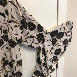 Bell sleeved floral top (sz L) from Lauren Conrad