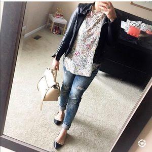Floral crepe blouse