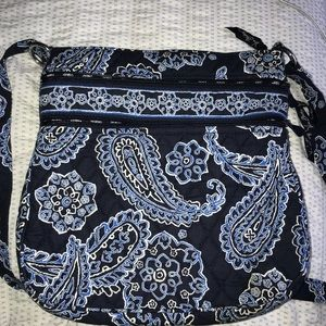 Vera Bradley new without tags crossbody bag!!