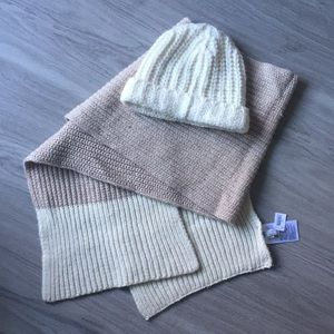 🎀NWT💕 GAP Scarf + Hat Set ✨perfect for gifting!
