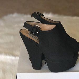 Brand new Steve Madden Gabby platform heels!