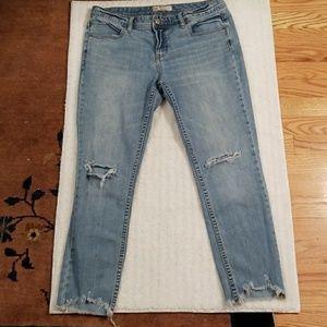 Free People distressed boyfriend jeans sz 30