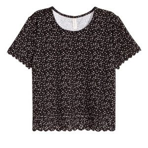 Top with scalloped trim