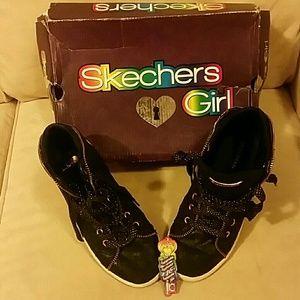 USED Girl's Sneakers - in Org Bx