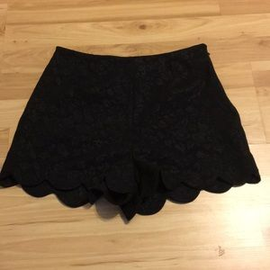 Black Scallop Shorts size M
