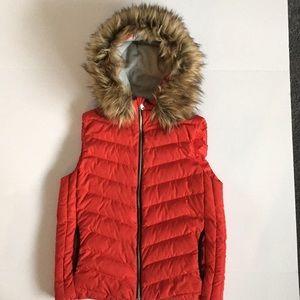 Gap Primaloft Fur Hooded Vest, Size Small