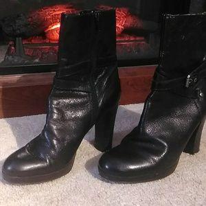 Women's Nine West Zip Up Black Boots Sz 7.5