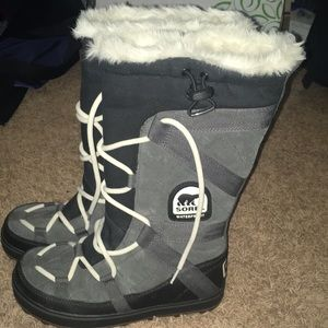 Sorel Boots Worn Once