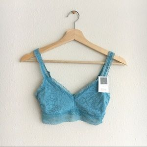 NWT! GAP Body Bralette Lace Pullover Soft Blue