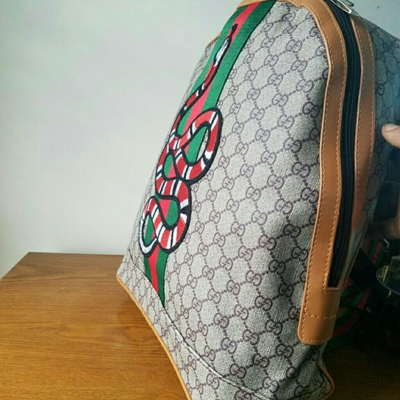 5322073ca65 Backpack snake custom gucci. M 5a302da4f092827b6c0421c0