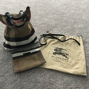 Gorgeous Large Burberry Tote