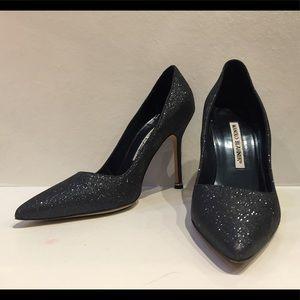 Shoes - Authentic Manolo Blahnik blue glitter BB pumps 36