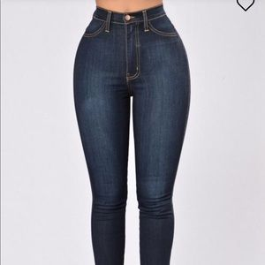 NWT Classic Skinny Jeans