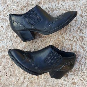 Born Wingtip Studded Black Booties Boots 8 39