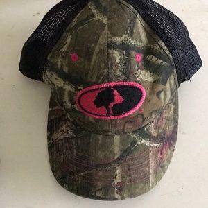 Missy Oak Velcro hat