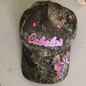NWOT Cabela's hat